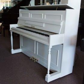 Calisia 109 WH messing piano