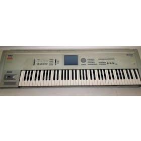 Korg Triton Pro 76 synthesizer