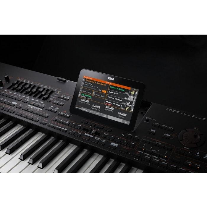 Korg Pa4X 76 keyboard