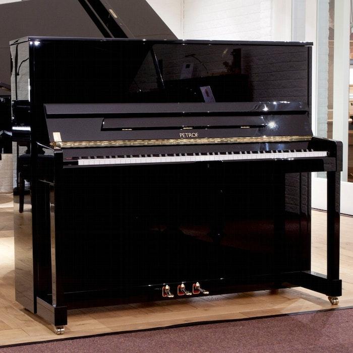 Petrof P 125 M1 801 chroom piano
